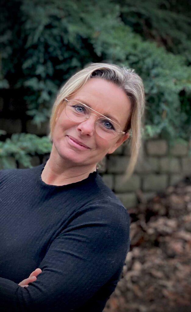 Annette Holm